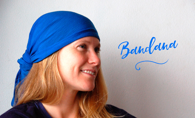 Woman wearing a Buff as a bandana