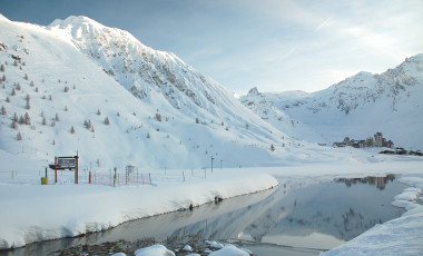 View of mountains and lake in Tignes