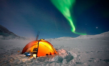 Cold weather tents in the snow with northern lights & Cold Weather Tents: The Best Winter Tents in 2018 - Cool of the Wild
