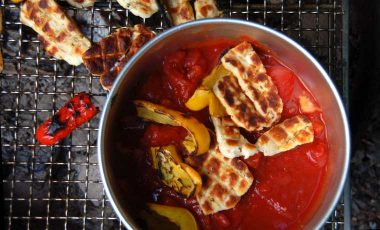 Halloumi stew on the grill