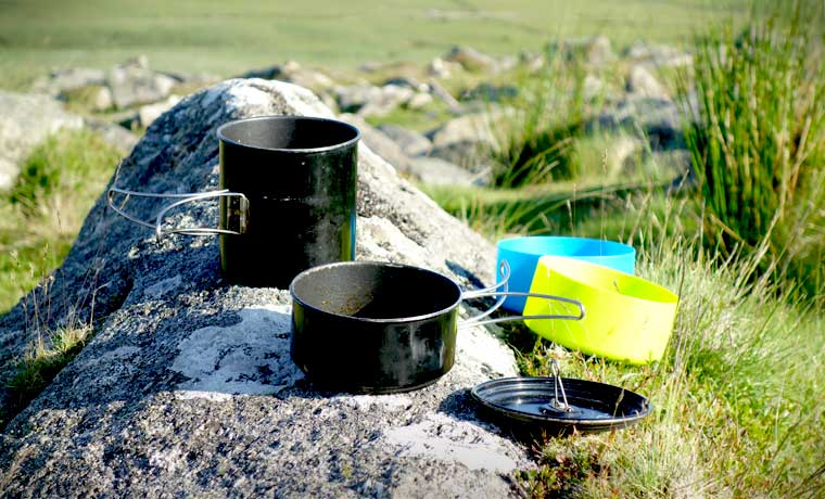 11 best camping cookware sets in 2018 cook up a storm in. Black Bedroom Furniture Sets. Home Design Ideas
