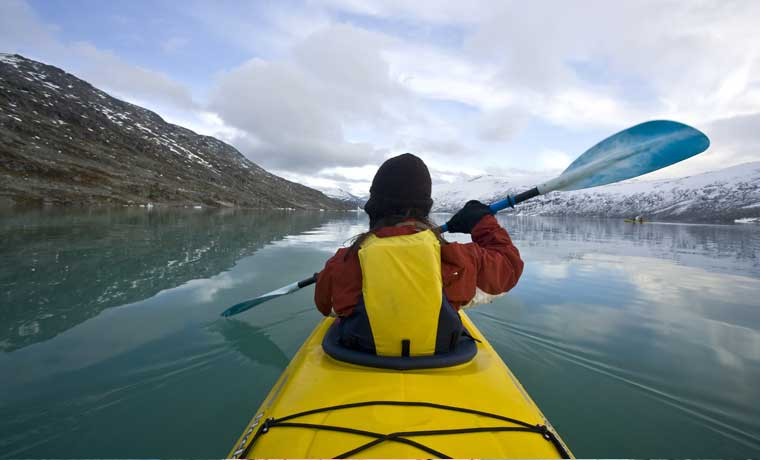 What to wear kayaking in winter