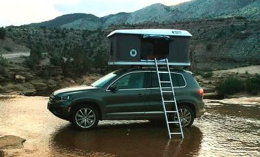 One of the best roof top tents on car
