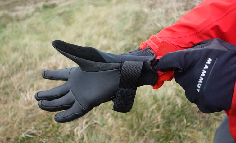 Warmest winter gloves