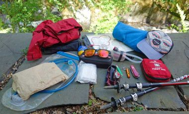 What to pack day hiking